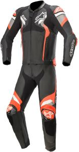 Alpinestars_Atem_V4_2-PC_Leather_Suit_Black_Mid_Gray_Red_Fluo_Two_Piece_Suit_2_Teiler_Overall_Combinaison_2_Pieces_Traje_Tulum_1.jpg